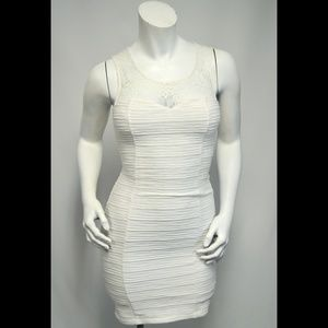 GUESS Ivory BodyCon Crepe & Lace Clingy Dress